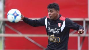 Selección Peruana: Miguel Araujo toma la delantera para acompañar a Alberto Rodríguez ante Argentina