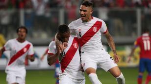 ¿Cómo llegan los futbolistas peruanos que juegan en el extranjero?