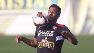 Jefferson Farfán responde a la posibilidad de utilizar la '10' de la Selección Peruana
