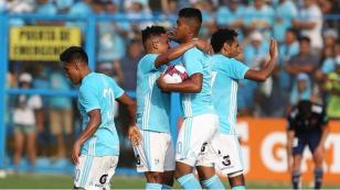 Sporting Cristal venció 2-1 a la Universidad de Chile en el día de la 'Raza Celeste'