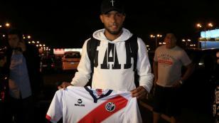 Carlos Cáceda regresó al Perú y jugará por Deportivo Municipal: