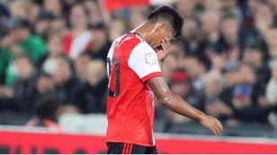 Renato Tapia salió se lesionó con el Feyenoord y preocupa a la Selección