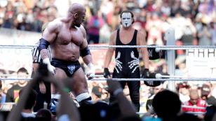 TRIPLE H VS STING